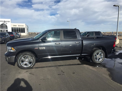 2018 Ram 1500 Crew Cab 4x4 Pickup #R18087 - photo 4