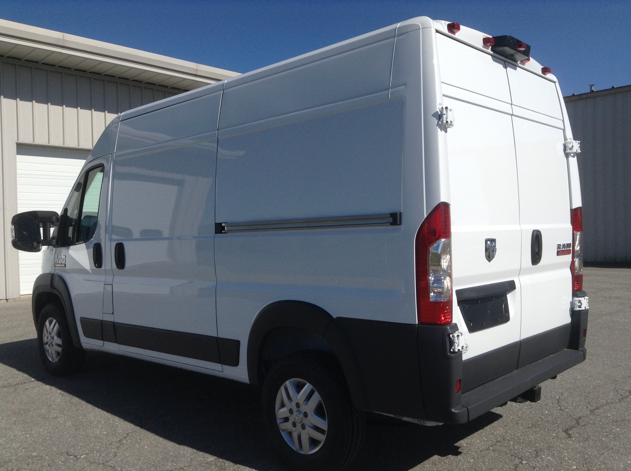 2017 ProMaster 1500 High Roof Cargo Van #PM617 - photo 3