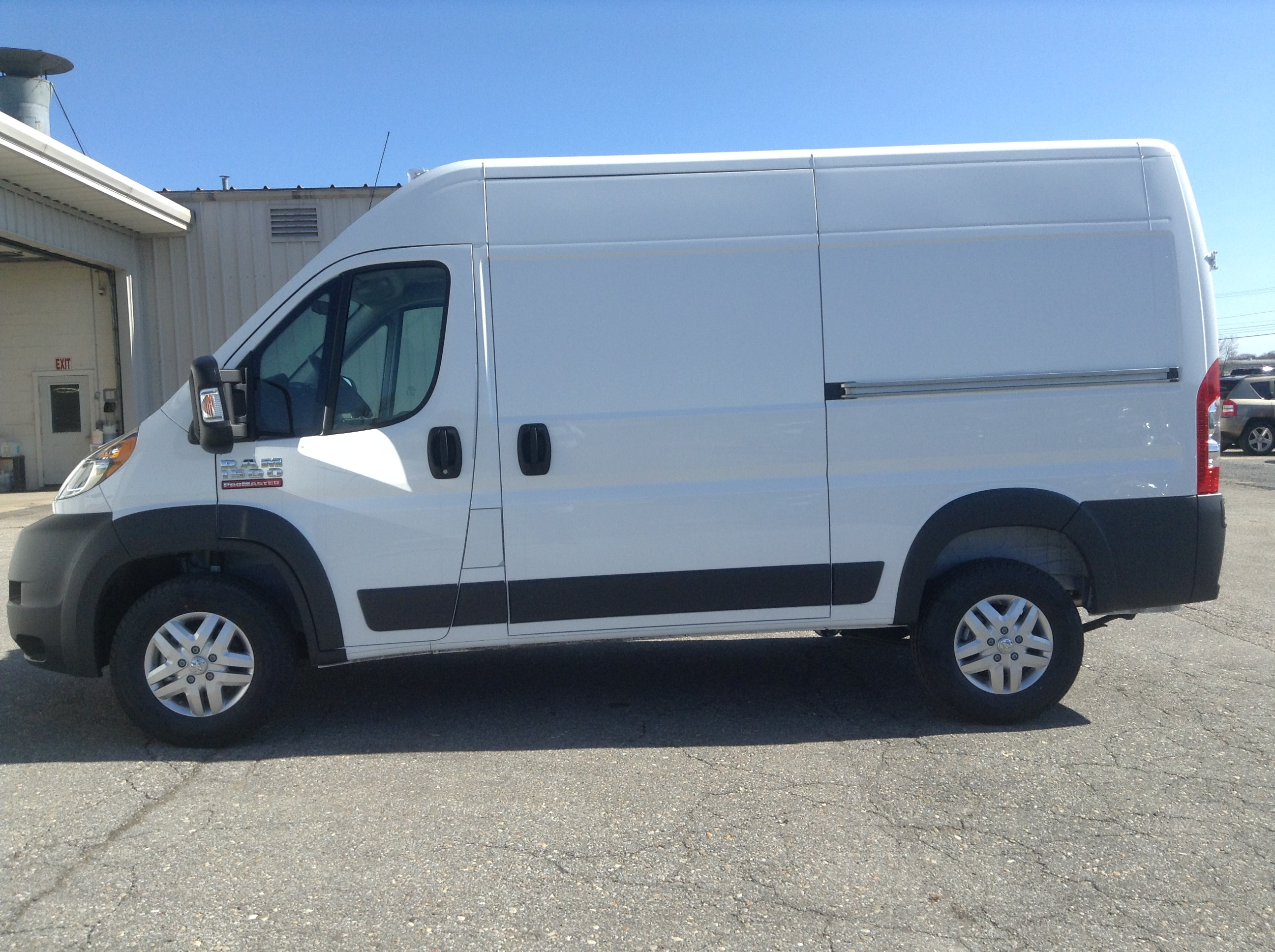 2017 ProMaster 1500 High Roof Cargo Van #PM617 - photo 9