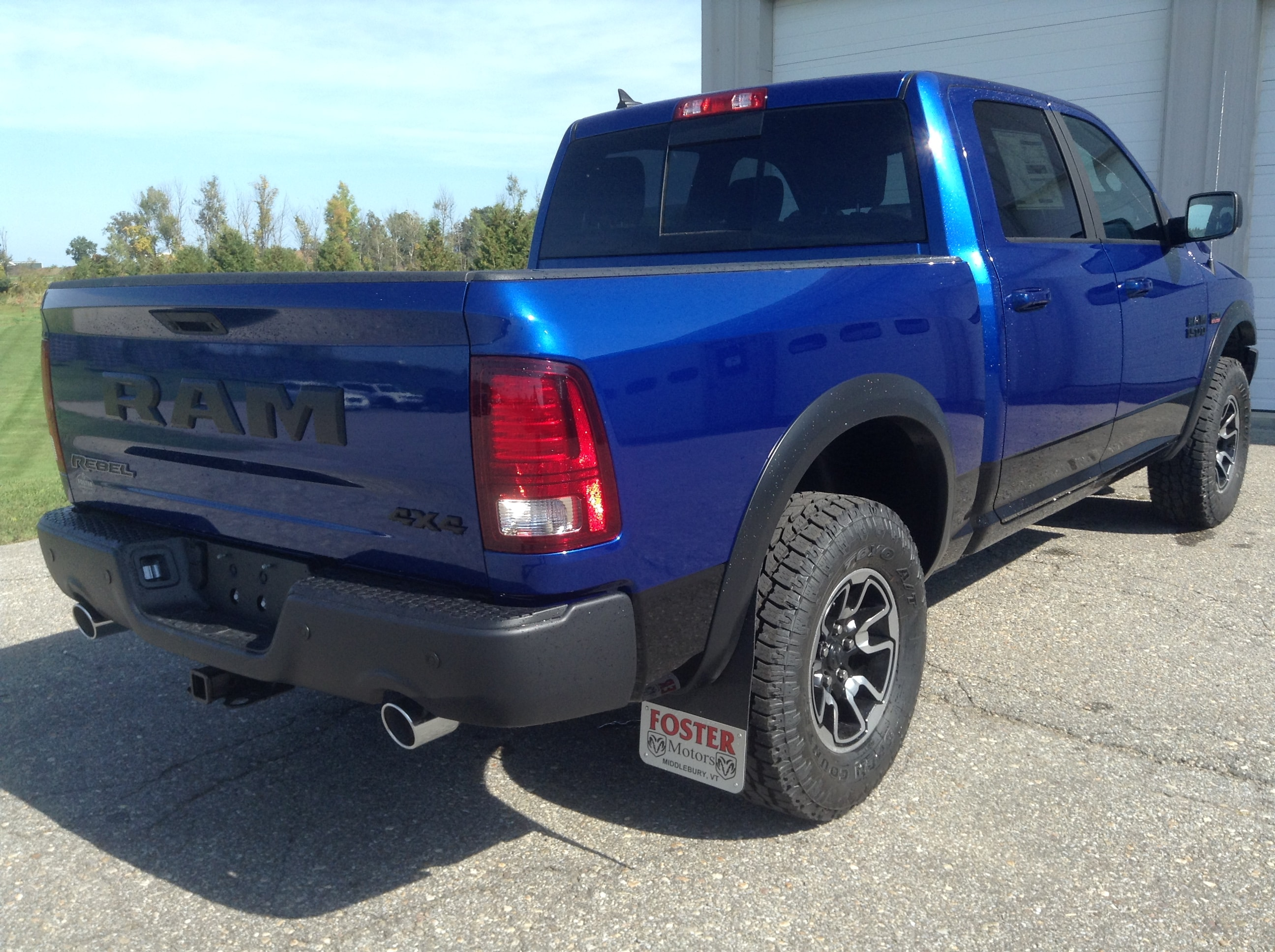 2017 Ram 1500 Crew Cab 4x4 Pickup #TK12817 - photo 6