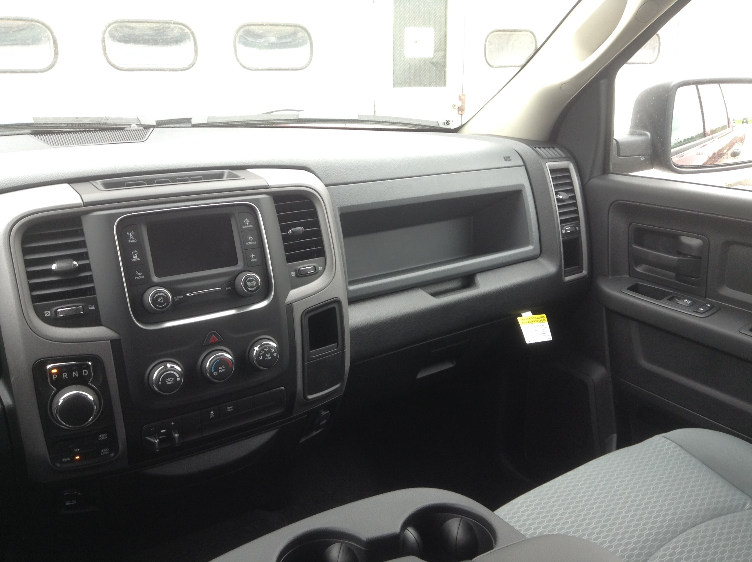 2017 Ram 1500 Crew Cab 4x4 Pickup #TK5017 - photo 24