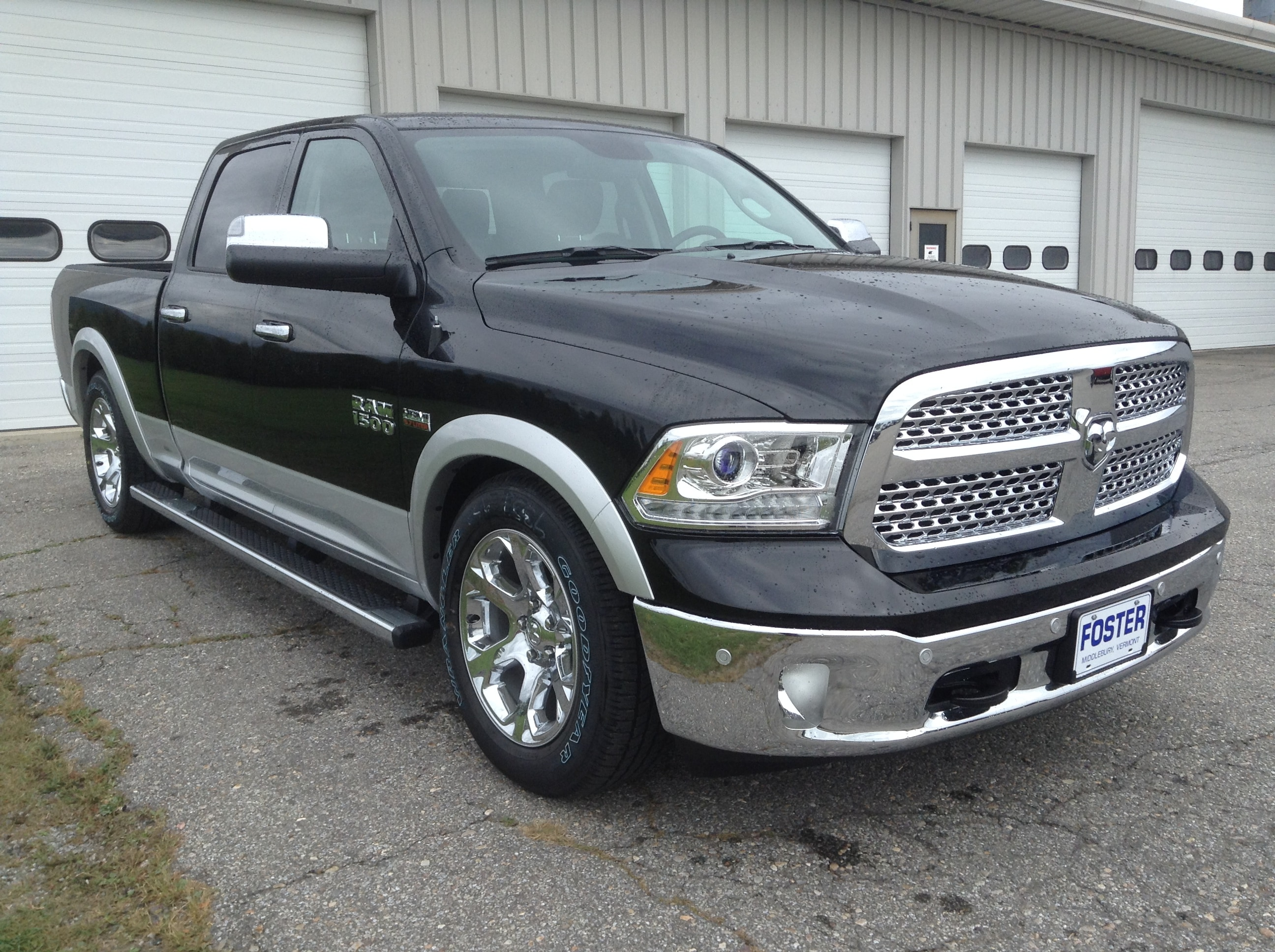 2018 Ram 1500 Crew Cab 4x4 Pickup #TK618 - photo 4