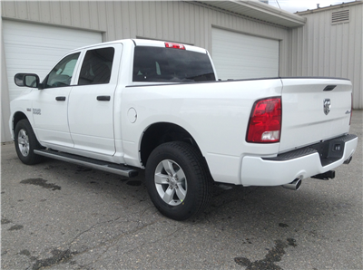 2017 Ram 1500 Crew Cab 4x4, Pickup #TK7817 - photo 2
