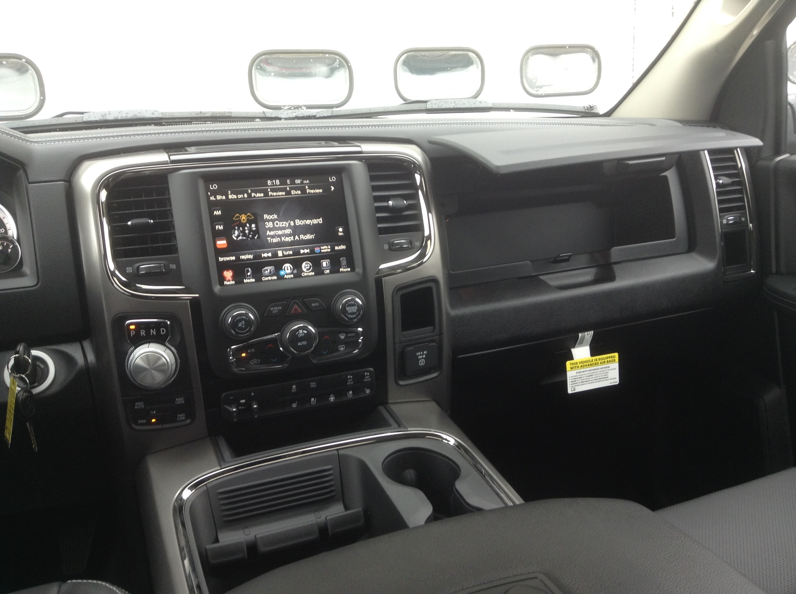 2017 Ram 1500 Crew Cab 4x4 Pickup #TK8817 - photo 26