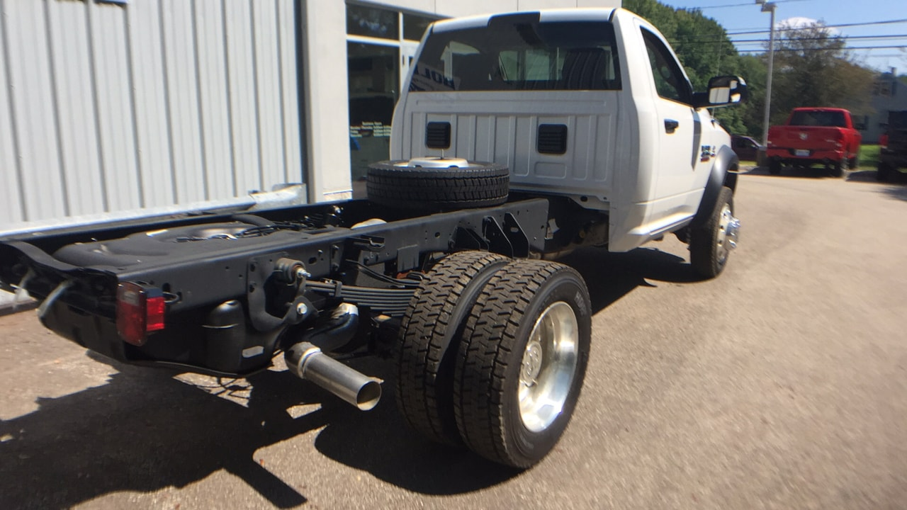 2017 Ram 4500 Regular Cab DRW, Cab Chassis #HG598715 - photo 2
