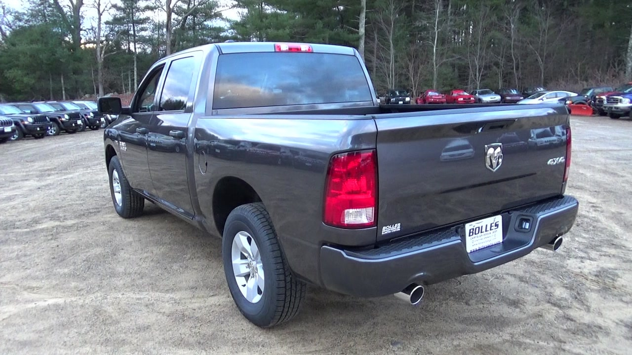 2017 Ram 1500 Crew Cab 4x4 Pickup #HS602604 - photo 5