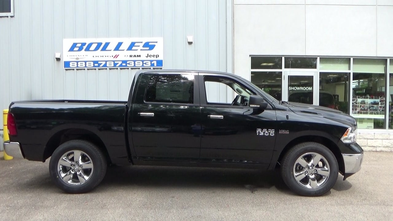2017 Ram 1500 Crew Cab 4x4 Pickup #HS818954 - photo 20