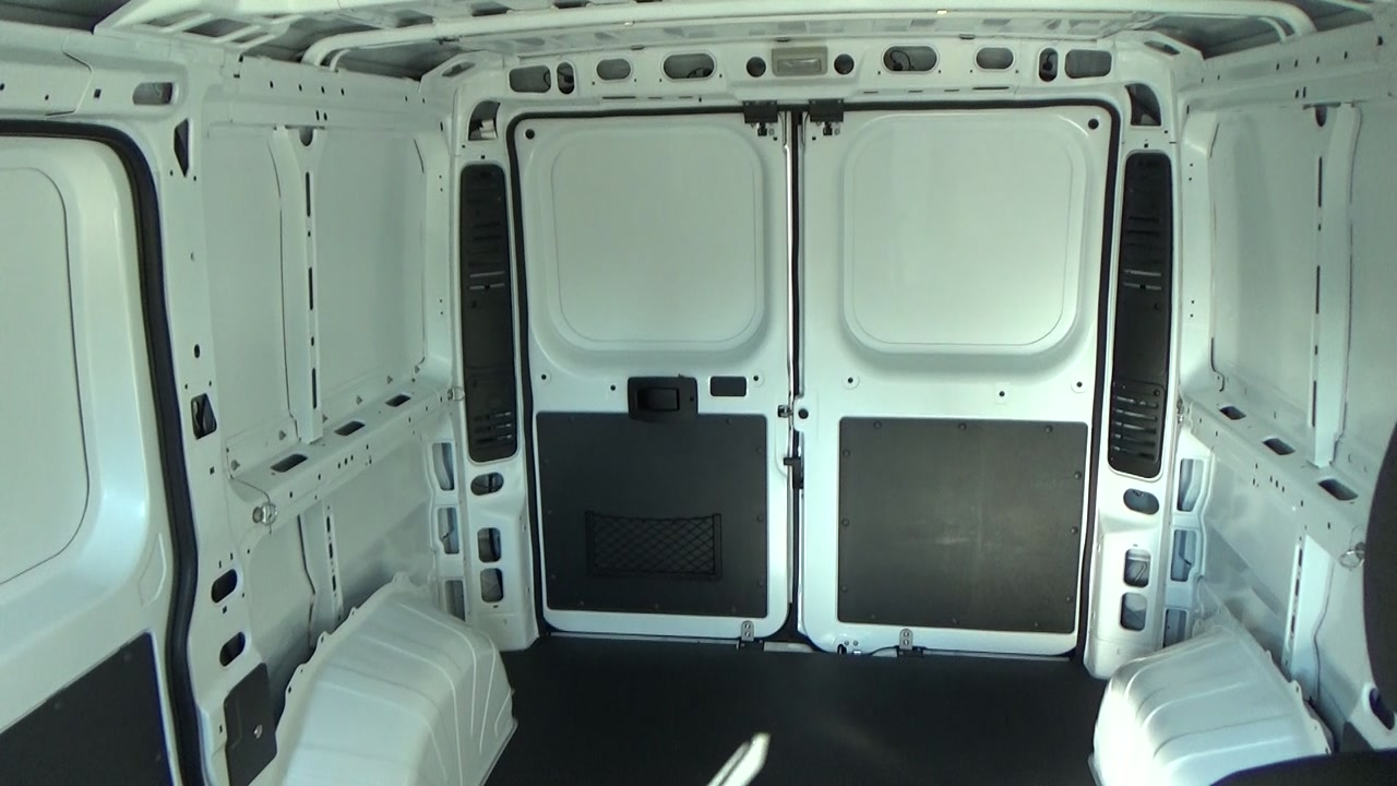 2018 ProMaster 1500 Standard Roof FWD,  Empty Cargo Van #JE150339 - photo 18