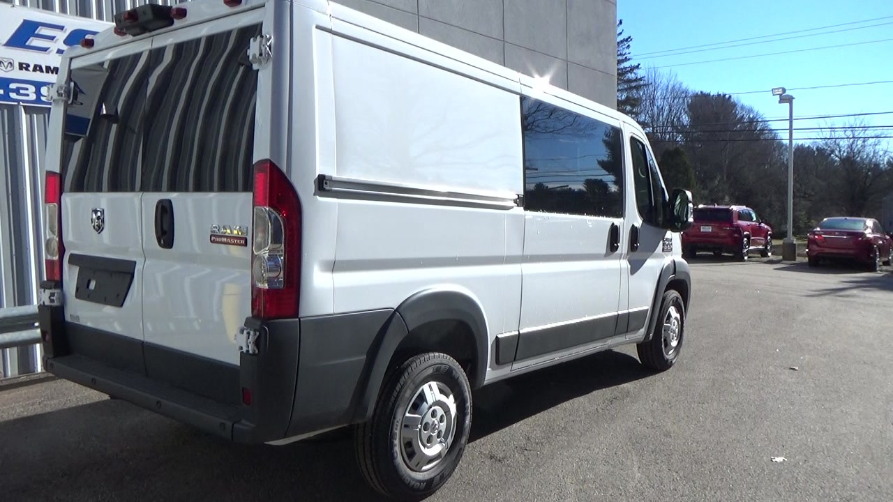 2018 ProMaster 1500 Standard Roof FWD,  Empty Cargo Van #JE150340 - photo 4