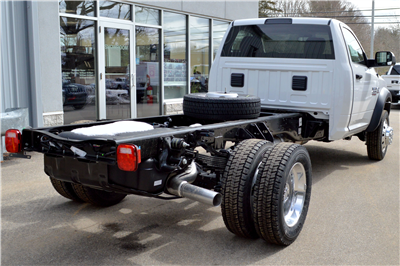 2018 Ram 4500 Regular Cab DRW 4x4, Cab Chassis #JG234062 - photo 2