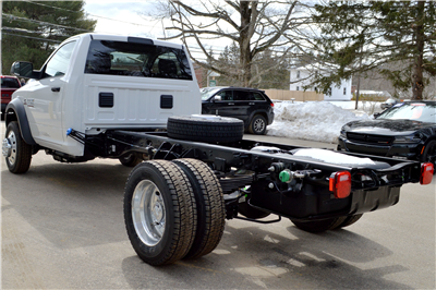 2018 Ram 4500 Regular Cab DRW 4x4, Cab Chassis #JG234062 - photo 5