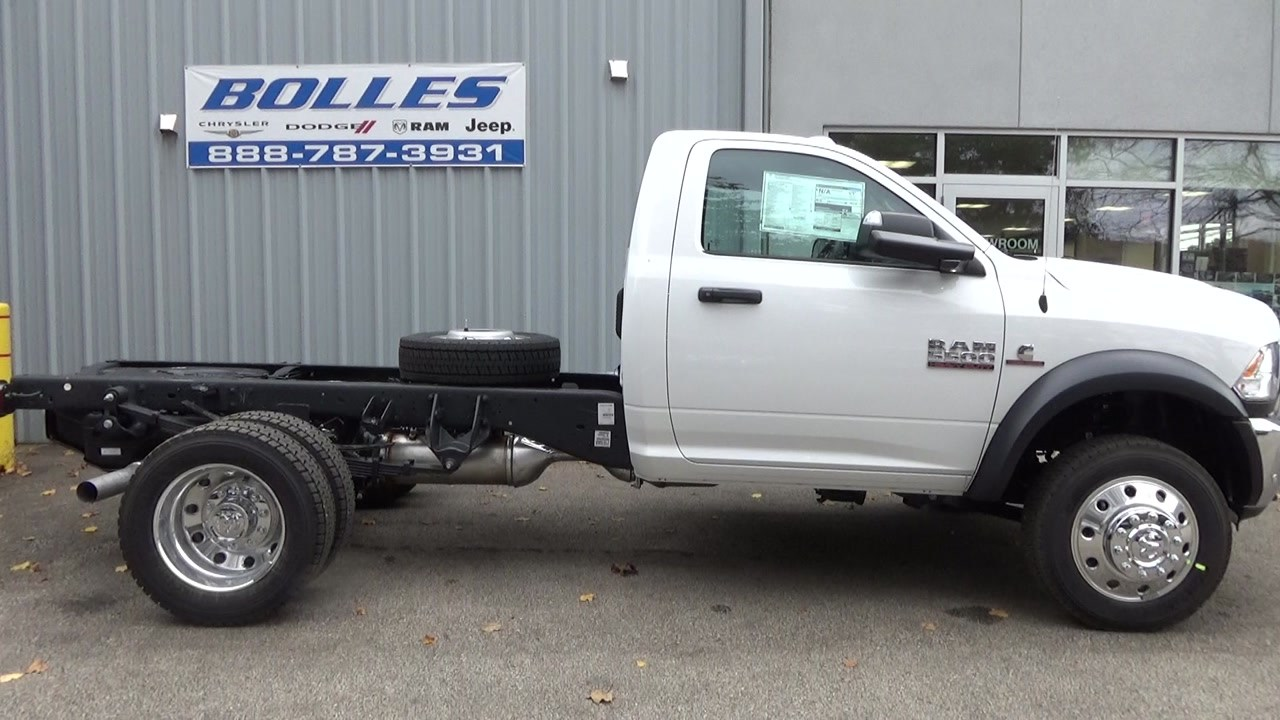 2018 Ram 5500 Regular Cab DRW 4x4,  Cab Chassis #JG317680 - photo 3