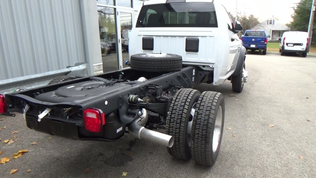2018 Ram 5500 Regular Cab DRW 4x4,  Cab Chassis #JG317680 - photo 2