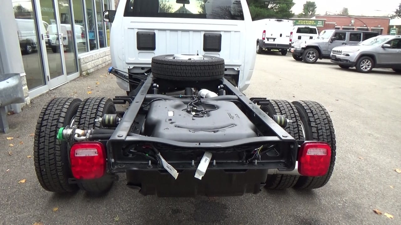 2018 Ram 5500 Regular Cab DRW 4x4,  Cab Chassis #JG352156 - photo 6