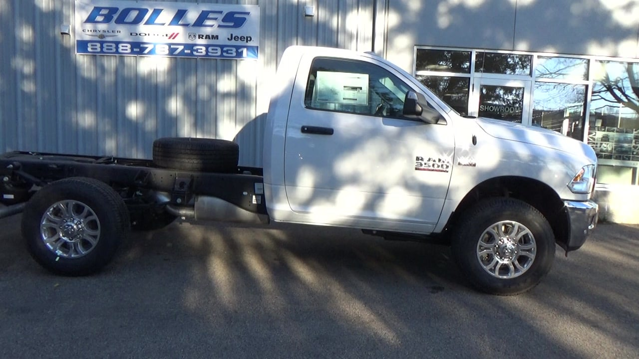 2018 Ram 4500 Regular Cab DRW 4x4,  Cab Chassis #JG352349 - photo 3