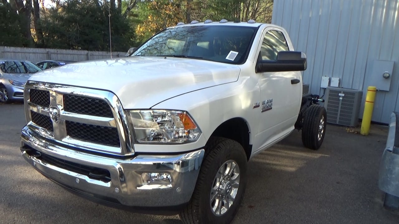 2018 Ram 4500 Regular Cab DRW 4x4,  Cab Chassis #JG352349 - photo 8