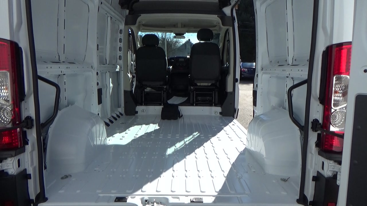 2019 ProMaster 2500 High Roof FWD,  Empty Cargo Van #KE503515 - photo 2