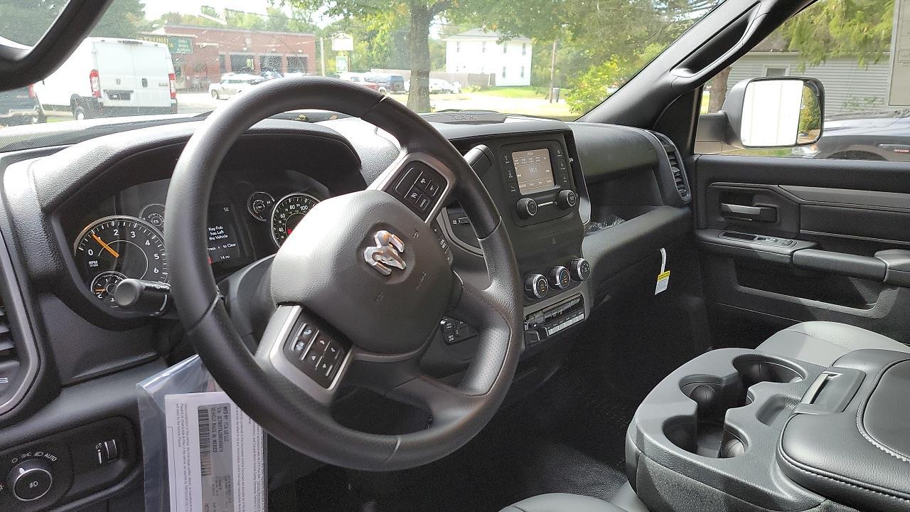 2021 Ram 3500 Regular Cab DRW 4x4,  Cab Chassis #MG694474 - photo 8