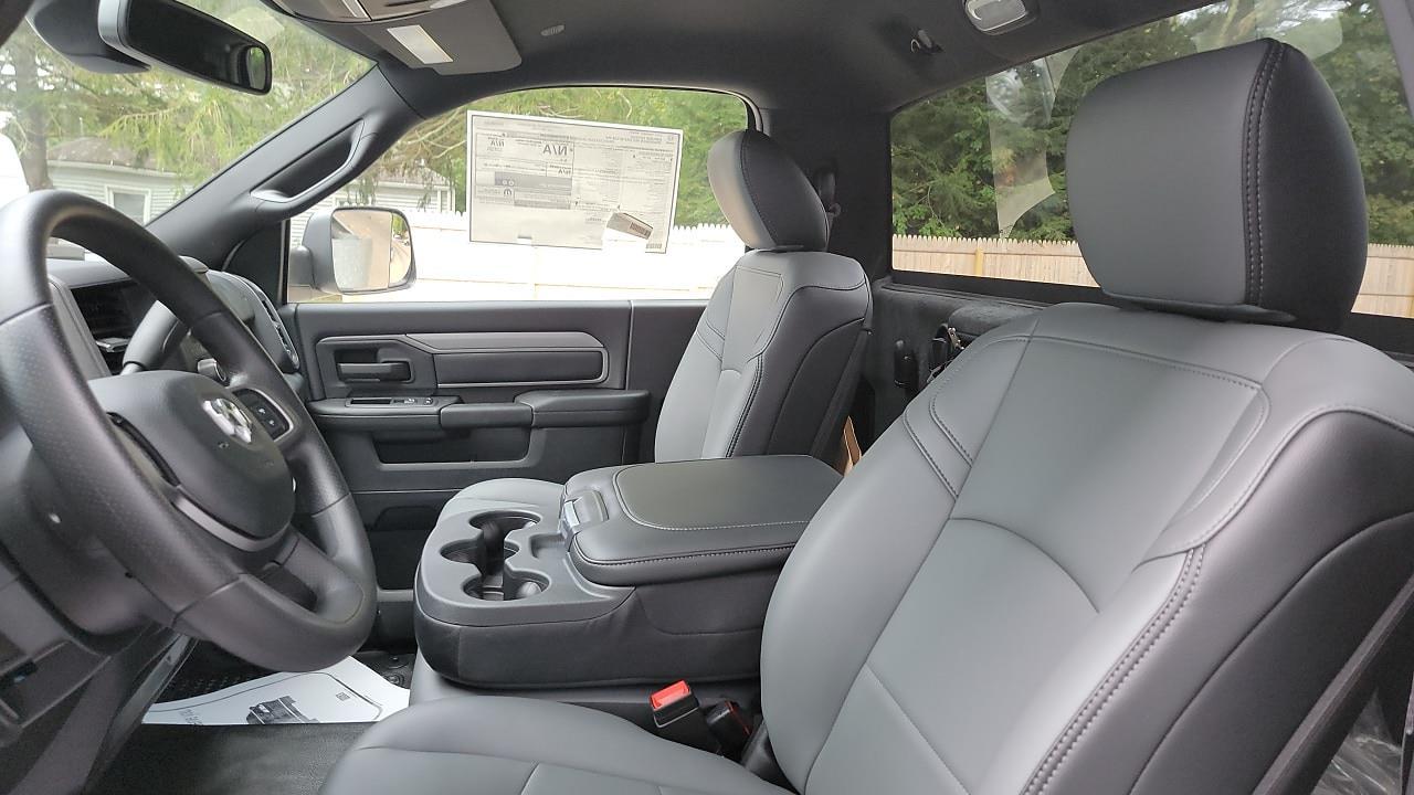 2021 Ram 5500 Regular Cab DRW 4x4,  Cab Chassis #MG699210 - photo 7