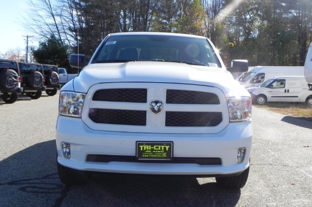 2018 Ram 1500 Quad Cab 4x4 Pickup #218054 - photo 8