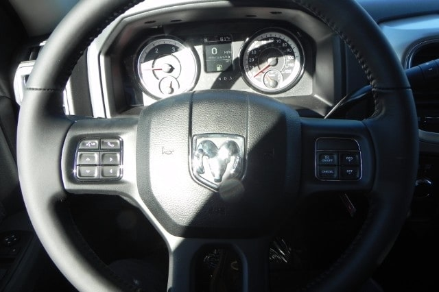 2018 Ram 2500 Crew Cab 4x4 Pickup #218082 - photo 15
