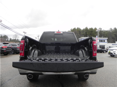 2019 Ram 1500 Crew Cab 4x4, Pickup #219013 - photo 8