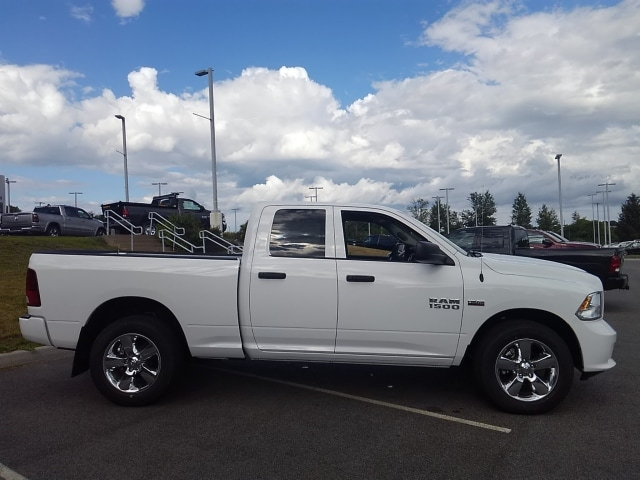 2018 Ram 1500 Quad Cab 4x4,  Pickup #8RA02119 - photo 4