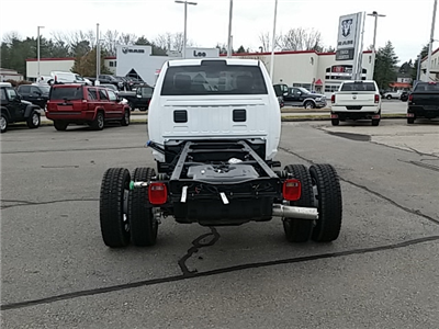 2018 Ram 5500 Regular Cab DRW 4x4, Cab Chassis #8RA10475 - photo 2