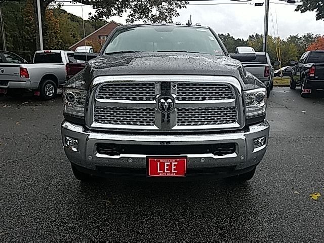 2018 Ram 3500 Crew Cab DRW 4x4,  Pickup #8RA53928 - photo 3