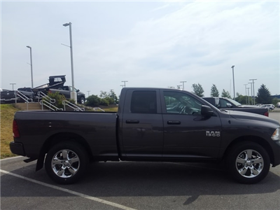 2018 Ram 1500 Quad Cab 4x4,  Pickup #8RA69255 - photo 3