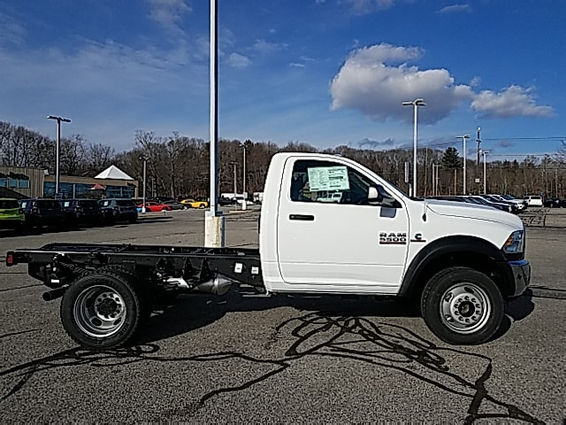 2018 Ram 5500 Regular Cab DRW 4x4,  Cab Chassis #8RA71821 - photo 4