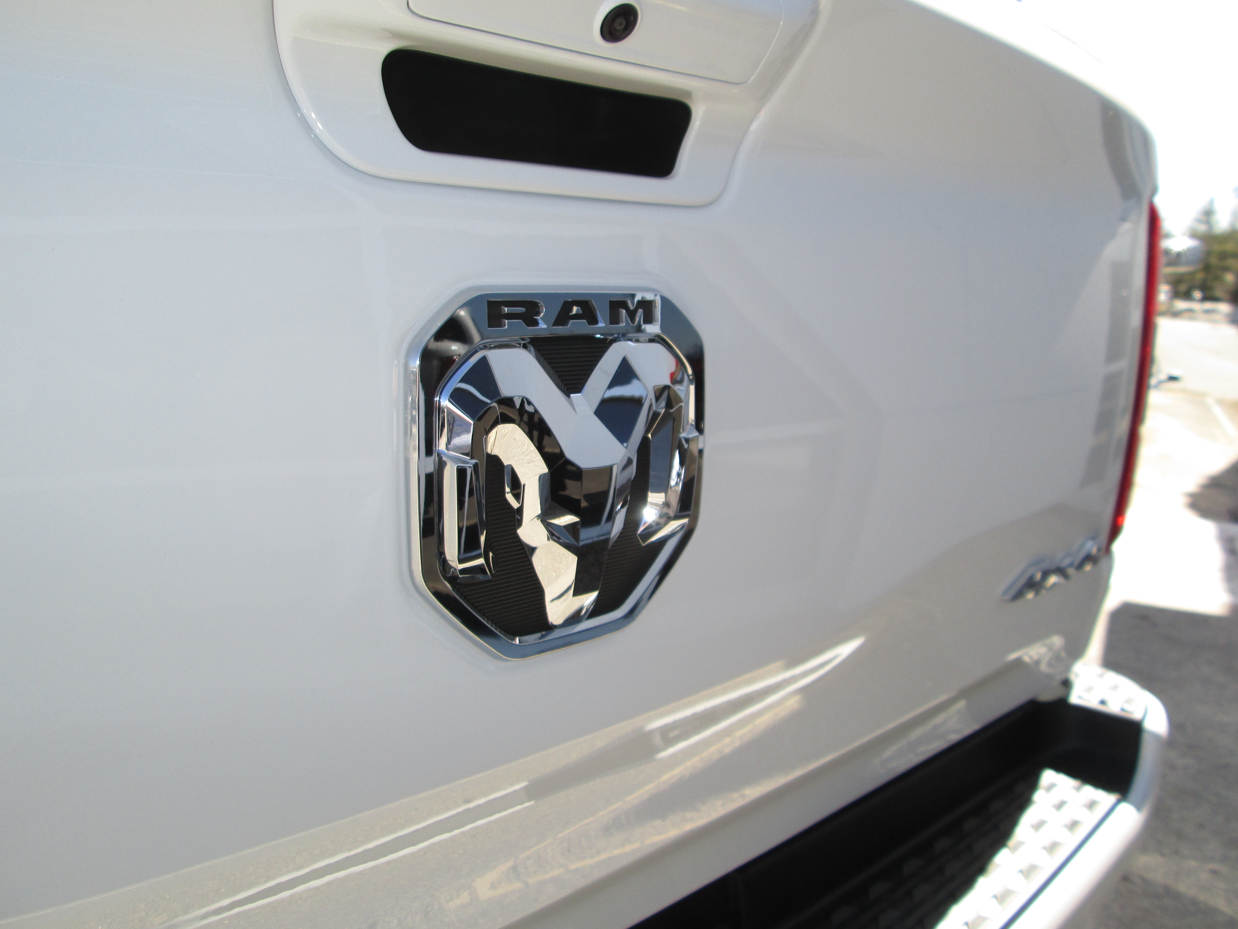 2019 Ram 1500 Crew Cab 4x4, Pickup #9RA23700 - photo 12