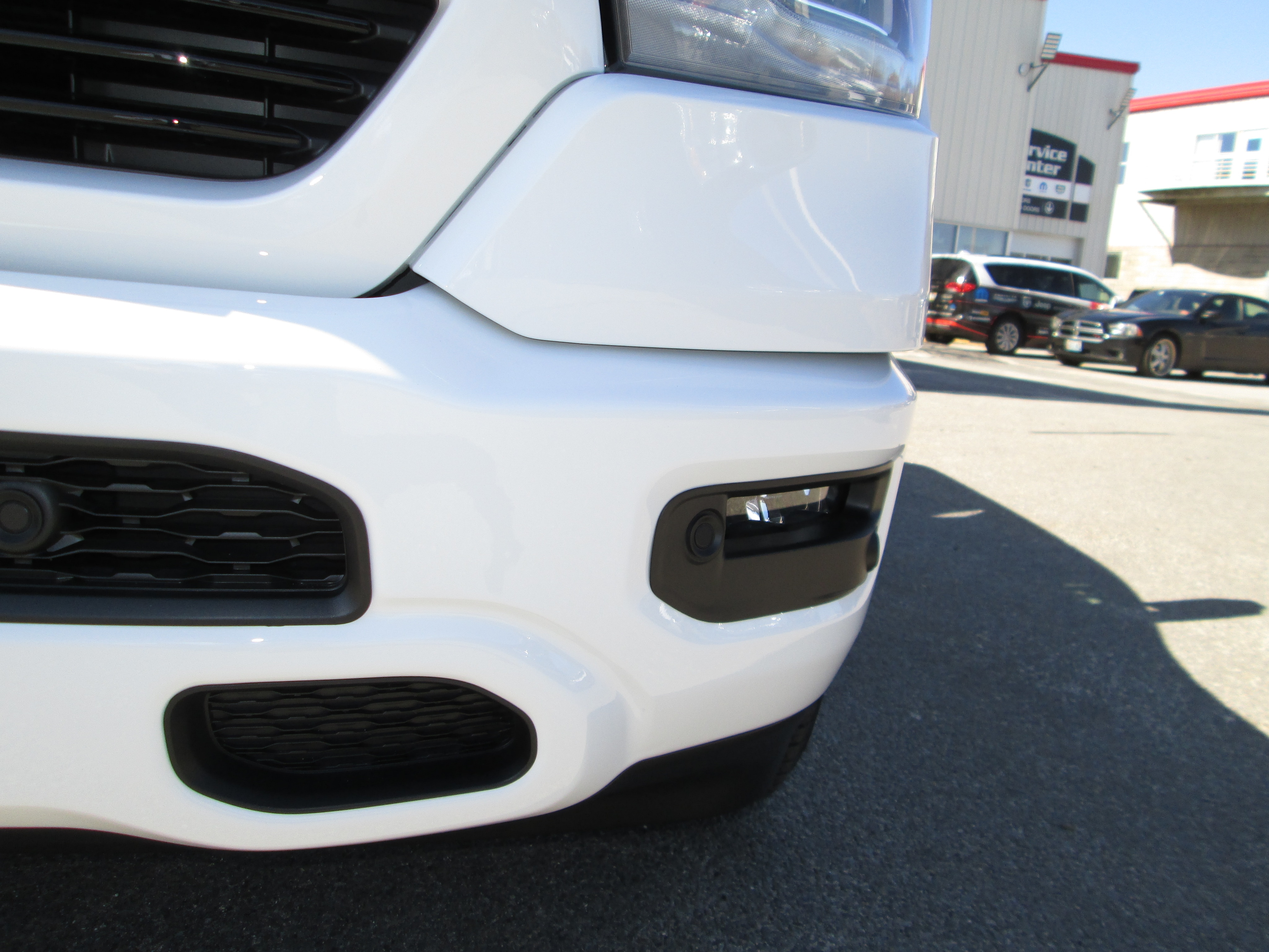 2019 Ram 1500 Crew Cab 4x4, Pickup #9RA23700 - photo 5