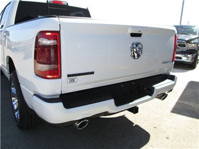 2019 Ram 1500 Crew Cab 4x4, Pickup #9RA23700 - photo 10