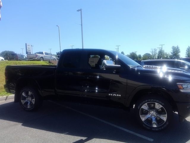 2019 Ram 1500 Quad Cab 4x4,  Pickup #9RA75441 - photo 4