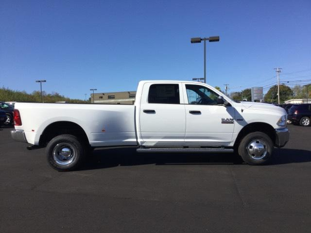 2018 Ram 3500 Crew Cab DRW 4x4 Pickup #JC0067 - photo 6