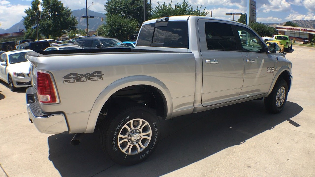 2017 Ram 2500 Crew Cab 4x4, Pickup #15280 - photo 6