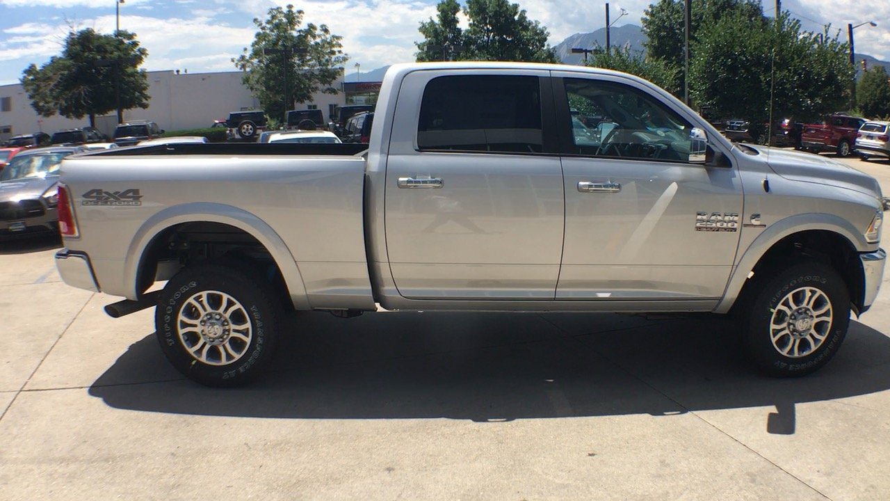 2017 Ram 2500 Crew Cab 4x4, Pickup #15280 - photo 7