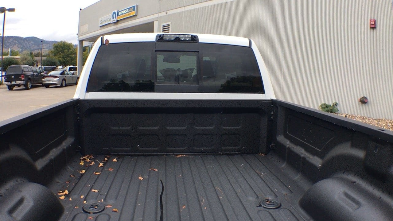 2018 Ram 3500 Crew Cab 4x4, Pickup #15304 - photo 32