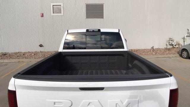 2018 Ram 3500 Crew Cab 4x4, Pickup #15321 - photo 23