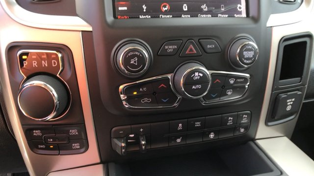 2018 Ram 1500 Crew Cab 4x4, Pickup #15328 - photo 40
