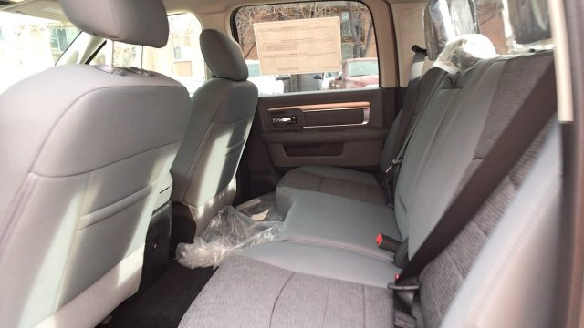 2018 Ram 1500 Crew Cab 4x4, Pickup #15330 - photo 73