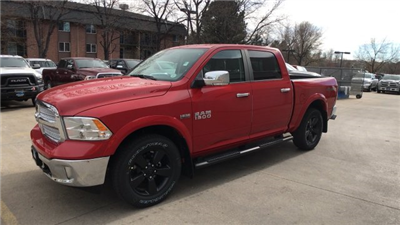 2018 Ram 1500 Crew Cab 4x4, Pickup #15330 - photo 4