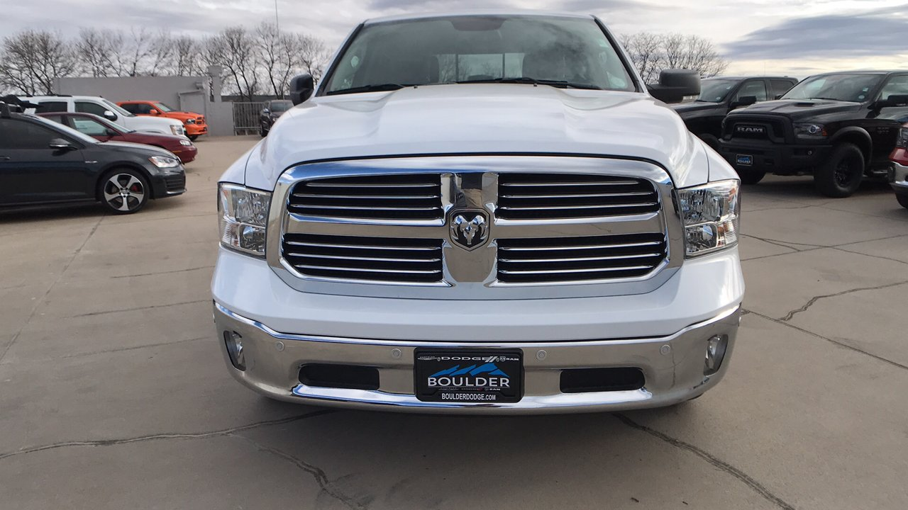2017 Ram 1500 Crew Cab 4x4, Pickup #15346 - photo 10