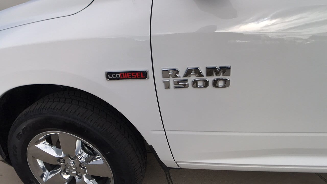 2017 Ram 1500 Crew Cab 4x4, Pickup #15346 - photo 13