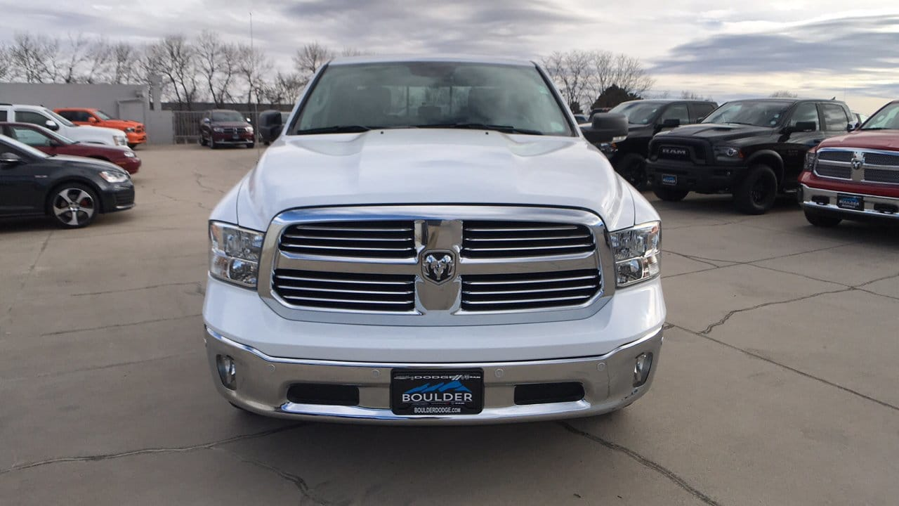 2017 Ram 1500 Crew Cab 4x4, Pickup #15346 - photo 4