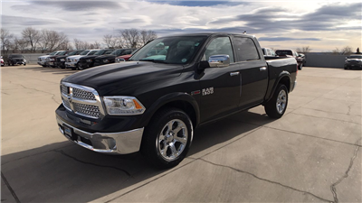 2017 Ram 1500 Crew Cab 4x4 Pickup #15352 - photo 7
