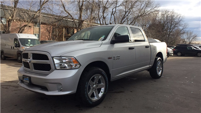 2018 Ram 1500 Crew Cab 4x4, Pickup #15375 - photo 3