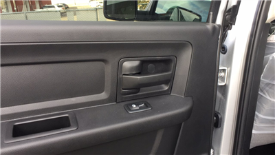 2018 Ram 1500 Crew Cab 4x4, Pickup #15375 - photo 24