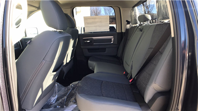 2017 Ram 1500 Crew Cab 4x4, Pickup #15379 - photo 21